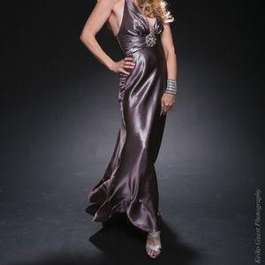 Elegant Jessica McClintock gown